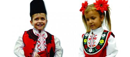 """Нов клас НАРОДНИ ТАНЦИ – деца (5-8г) от 18.I.2014 г. в """"Огледало"""", Мол Варна"""