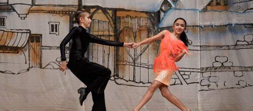 Спортни танци за деца – начинаещи събота и неделя от 4.04.2020