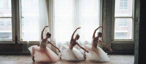 Нов клас Балет за големи от 30 март – събота и неделя